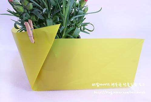 Украсить цветы в горшке для подарка 42