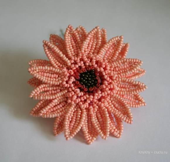 Герберы - цветы из бисера