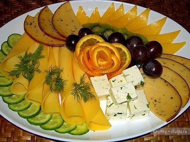 прекрасно красивое оформление блюд на праздничном столе при