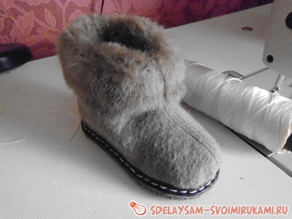 Детские зимние тапки из меха
