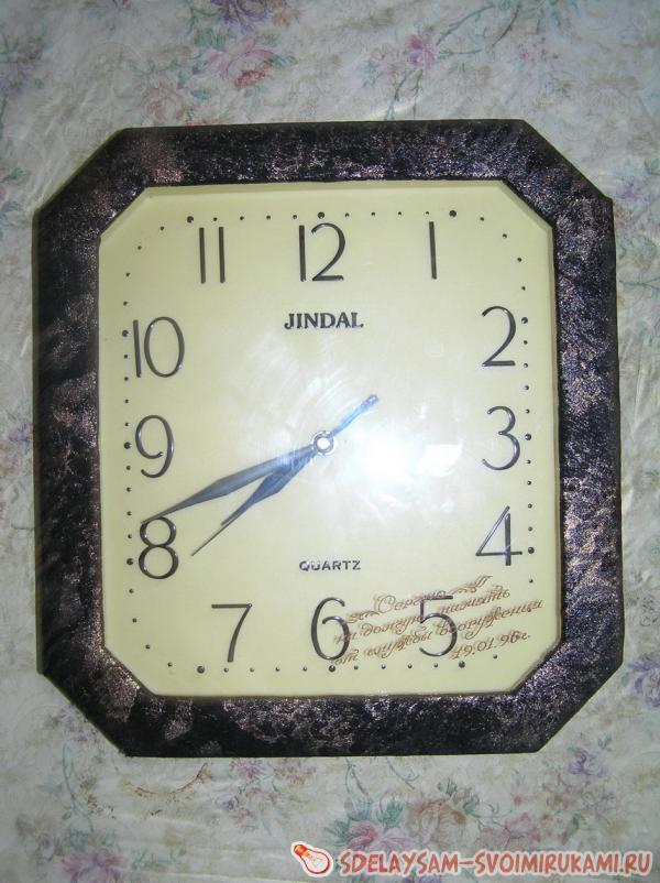 Что сделать из старых настенных часов
